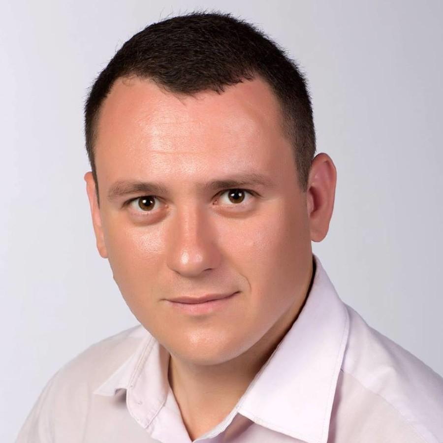 Александр Сафронов