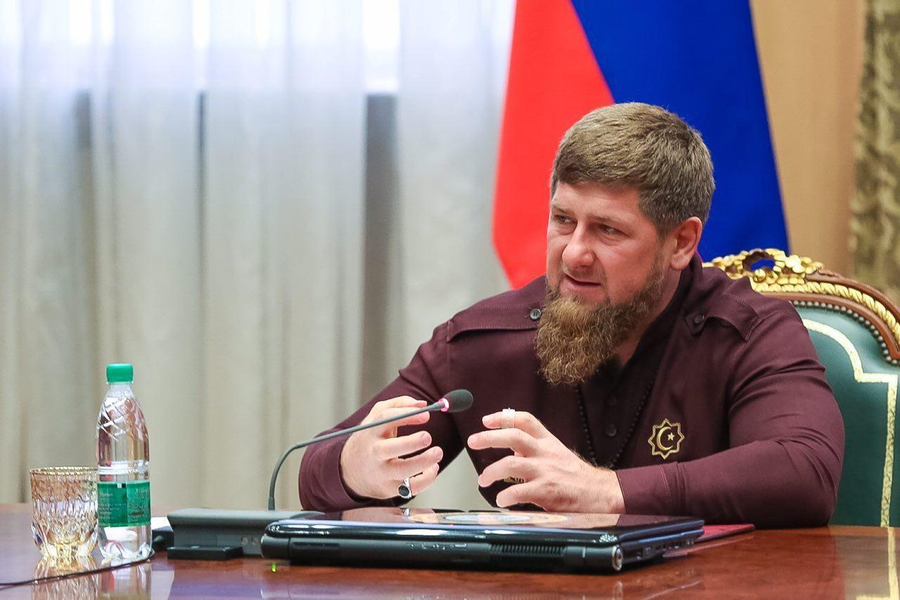 Кадыров сПутиным обсудили сообщения опохищении людей вЧечне
