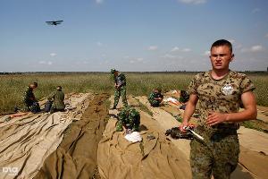 """Первые прыжки с новыми парашютами """"Арбалет-2"""" ©Влад Александров, ЮГА.ру"""