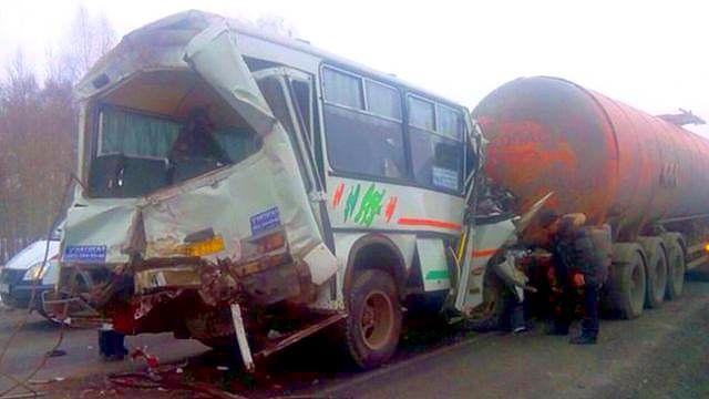 ВДТП савтобусом под Ростовом пострадали 12 человек