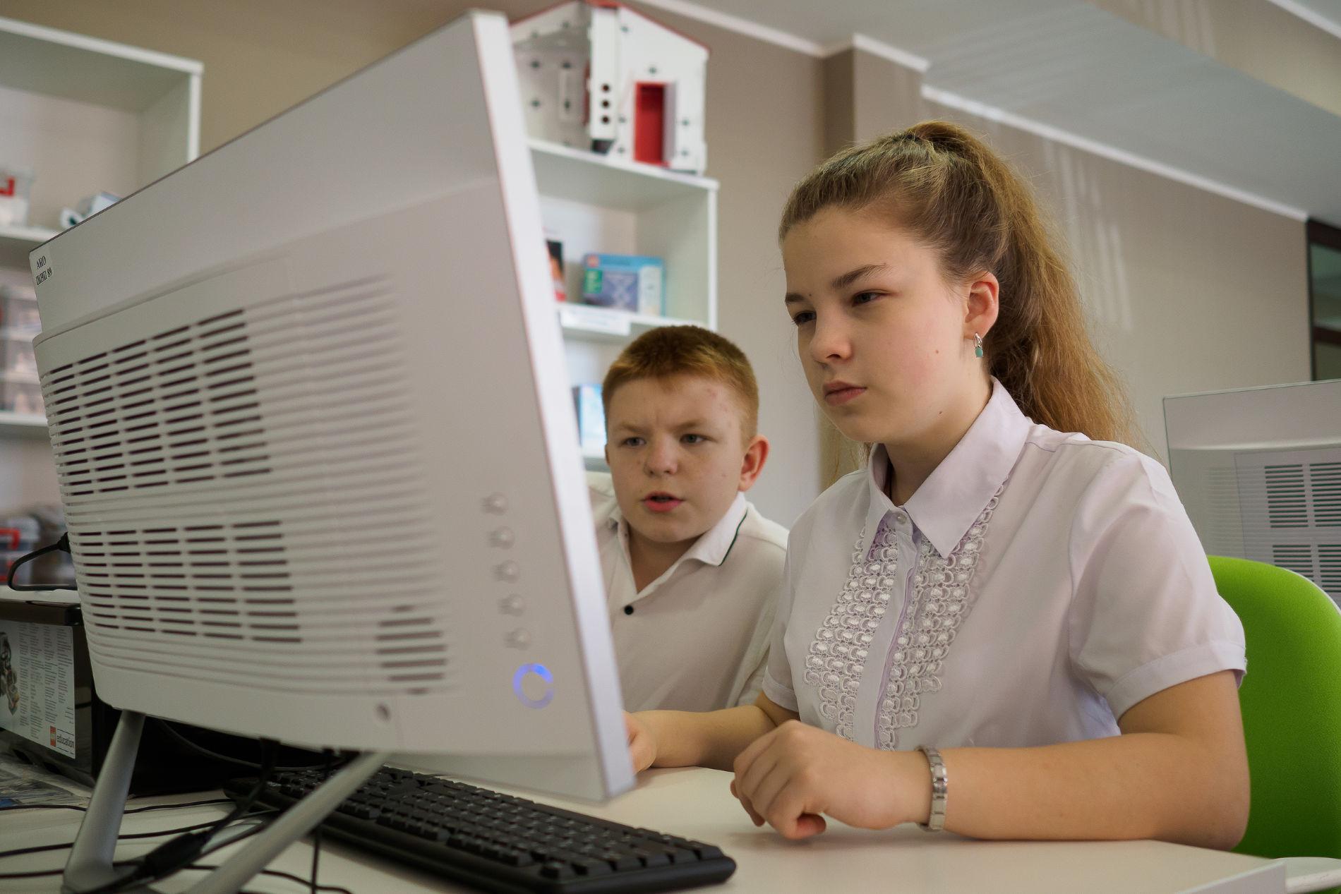 Лицеисты на занятиях в «ТехноСпейсе» ©Фото пресс-службы фонда «Вольное дело»