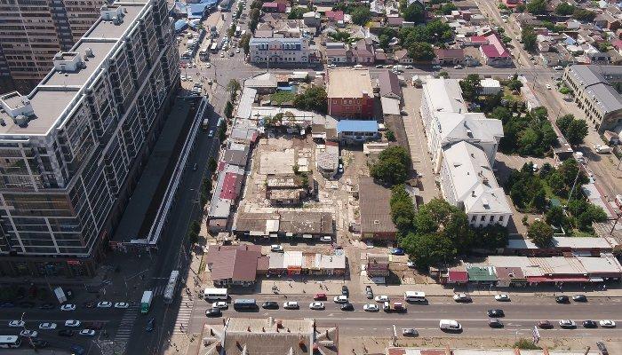 В Краснодаре снесли Скобяной рынок и хотели сделать там транспортный узел