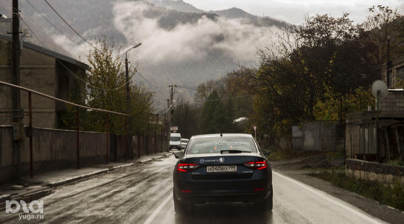 На автомобиле в Грузию. В дороге ©Фото Евгения Мельченко, Юга.ру
