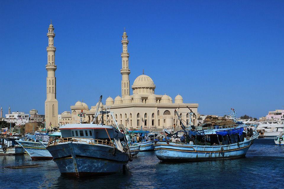 В РФ возобновлена продажа туров вЕгипет