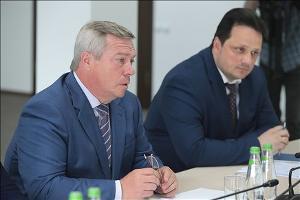 Василий Голубев и Михаил Тихонов ©Фото пресс-службы губернатора Ростовской области
