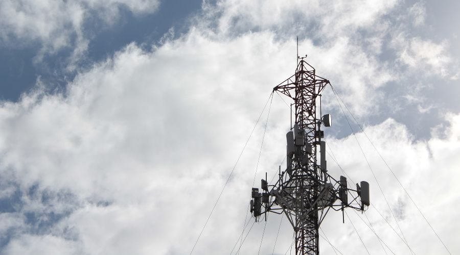 Базовая станция мобильной связи ©Фото с сайта pixabay.com