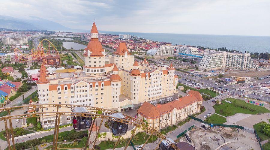 Отель-замок «Богатырь» в «Сочи Парке» ©Фото пресс-службы «Сочи Парка»