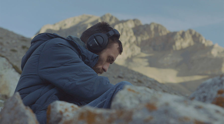 ©Скриншот из фильма «Костры и звезды»