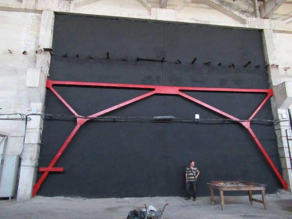 Новороссийский экспериментальный центр современного искусства «Ангар»
