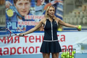 Теннисистка Елена Веснина провела в Сочи мастер-класс ©Фото Юга.ру