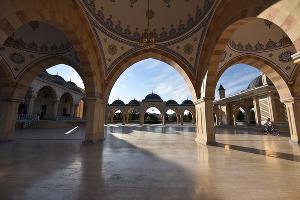 """Мечеть """"Сердце Чечни"""" в Грозном ©Елена Синеок, ЮГА.ру"""