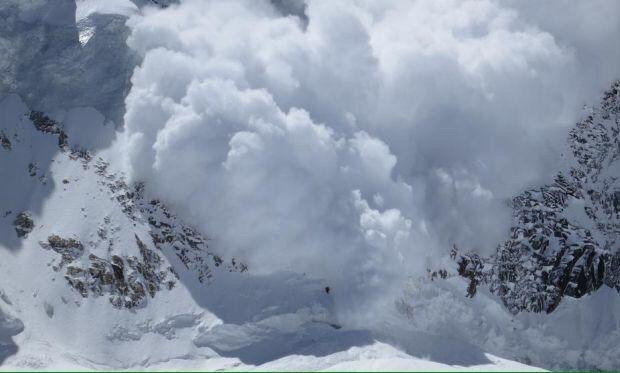 МЧС предупредило овероятности схода лавин вгорах Крыма