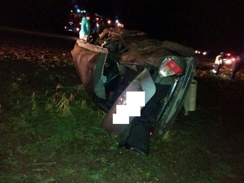 Лишенный прав шофёр перевернулся наСтаврополье, 2 пострадали